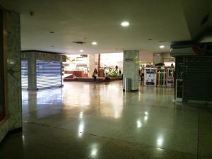 Local Comercial En Venta En Caracas - Chuao Código FLEX: 16-9462 No.6