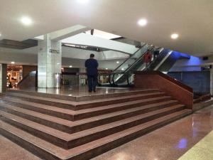 Local Comercial En Venta En Caracas - Chuao Código FLEX: 16-9462 No.1