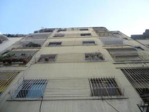 Apartamento En Venta En Caracas, Parroquia La Candelaria, Venezuela, VE RAH: 16-9528