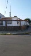 Casa En Venta En Punto Fijo, Judibana, Venezuela, VE RAH: 16-9537