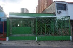 Casa En Venta En Valencia, Campo Alegre, Venezuela, VE RAH: 16-9545