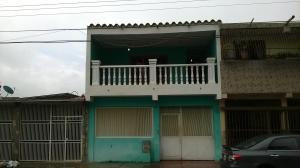Casa En Venta En Municipio San Diego, La Esmeralda, Venezuela, VE RAH: 16-9549