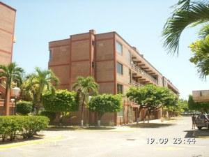Apartamento En Venta En Higuerote, Agua Sal, Venezuela, VE RAH: 16-9554