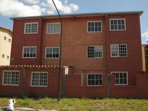 Apartamento En Venta En Guatire, Alto Grande, Venezuela, VE RAH: 16-9454
