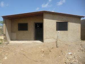 Casa En Venta En Punto Fijo, Guanadito, Venezuela, VE RAH: 16-9571
