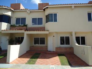 Casa En Venta En Cabudare, Parroquia Cabudare, Venezuela, VE RAH: 16-9615