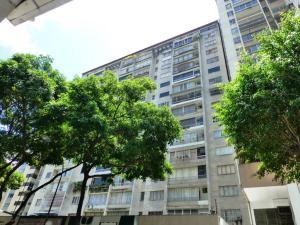 Apartamento En Venta En Caracas, Chacao, Venezuela, VE RAH: 16-9706