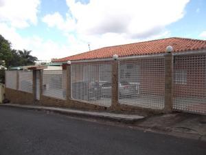 Casa En Venta En Caracas, Prados Del Este, Venezuela, VE RAH: 16-9768