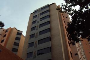 Apartamento En Venta En Valencia, Agua Blanca, Venezuela, VE RAH: 16-9639