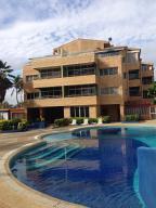 Apartamento En Venta En Boca De Aroa, Boca De Aroa, Venezuela, VE RAH: 16-9644