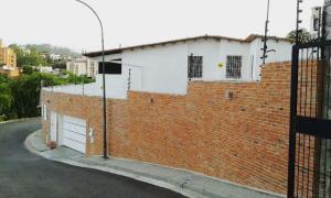Casa En Venta En Caracas, Lomas De La Trinidad, Venezuela, VE RAH: 16-9697