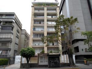 Apartamento En Venta En Caracas, Altamira, Venezuela, VE RAH: 16-9743
