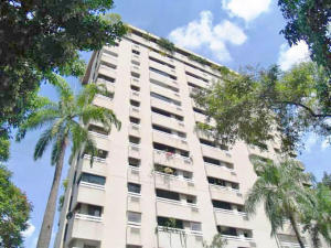 Apartamento En Venta En Caracas, El Rosal, Venezuela, VE RAH: 16-9847
