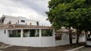 Casa En Venta En Valencia, El Parral, Venezuela, VE RAH: 16-9869