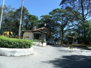 Casa En Venta En El Junquito-Vargas, El Junko Country Club, Venezuela, VE RAH: 16-9887