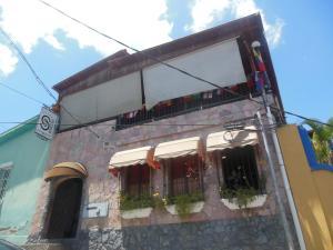 Casa En Venta En Caracas, El Hatillo, Venezuela, VE RAH: 16-9955