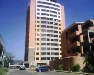 Apartamento En Venta En Valencia, Los Mangos, Venezuela, VE RAH: 16-10018