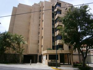 Apartamento En Venta En Caracas, Campo Alegre, Venezuela, VE RAH: 16-10032