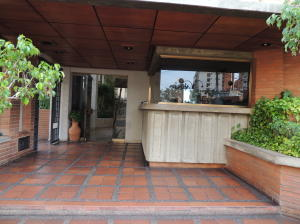 Apartamento En Venta En Maracaibo, La Lago, Venezuela, VE RAH: 16-9968