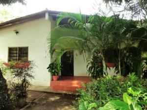 Casa En Venta En Higuerote, Mesa Grande, Venezuela, VE RAH: 16-10710