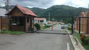 Casa En Venta En Municipio San Diego, La Cumaca, Venezuela, VE RAH: 16-9987