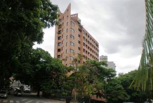 Apartamento En Venta En Caracas, Santa Fe Norte, Venezuela, VE RAH: 16-9989