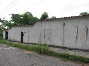 Casa En Venta En Charallave, Los Anaucos, Venezuela, VE RAH: 16-10135