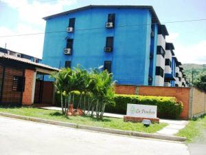 Apartamento En Venta En Intercomunal Maracay-Turmero, Intercomunal Turmero Maracay, Venezuela, VE RAH: 16-10164