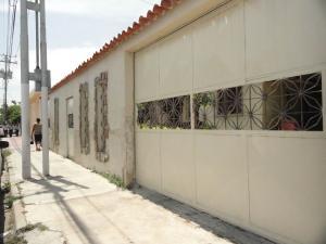 Casa En Venta En Guacara, Ciudad Alianza, Venezuela, VE RAH: 16-10023