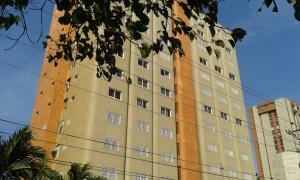 Apartamento En Venta En Maracaibo, Paraiso, Venezuela, VE RAH: 16-10047