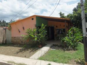 Casa En Venta En Municipio San Diego, Pueblo De San Diego, Venezuela, VE RAH: 16-10022