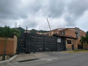 Townhouse En Venta En Municipio Naguanagua, El Rincon, Venezuela, VE RAH: 16-9920