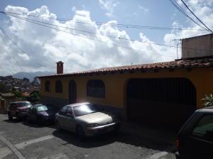 Casa En Venta En Los Teques, El Trigo, Venezuela, VE RAH: 16-10101
