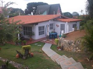 Casa En Venta En Cabudare, Parroquia Agua Viva, Venezuela, VE RAH: 16-10051