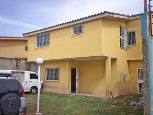 Casa En Venta En La Victoria, La Castellana, Venezuela, VE RAH: 16-10063
