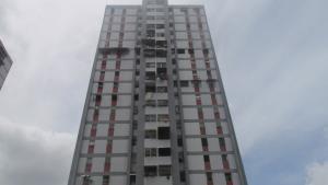 Apartamento En Venta En Caracas, Caricuao, Venezuela, VE RAH: 16-10085