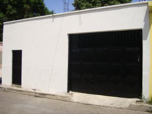 Casa En Venta En Maracay, 13 De Enero, Venezuela, VE RAH: 16-10089