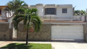 Casa En Venta En Valencia, La Trigaleña, Venezuela, VE RAH: 16-5920