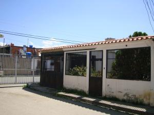 Casa En Venta En Santa Cruz De Aragua, Los Mangos, Venezuela, VE RAH: 16-10092