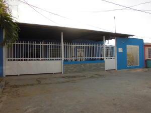 Casa En Venta En Yaritagua, Municipio Peña, Venezuela, VE RAH: 16-10243