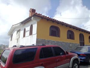 Casa En Venta En Los Teques, El Trigo, Venezuela, VE RAH: 16-10103