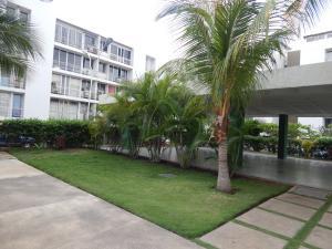 Apartamento En Venta En Barcelona, Nueva Barcelona, Venezuela, VE RAH: 16-10108