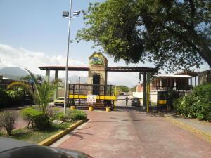 Casa En Venta En San Joaquin, La Pradera, Venezuela, VE RAH: 16-10110