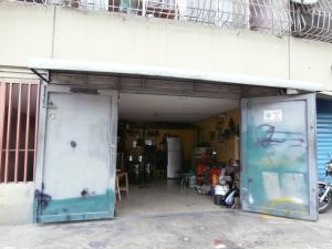 Local Comercial En Venta En Caracas, San Agustin Del Sur, Venezuela, VE RAH: 16-10145