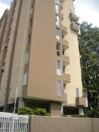 Apartamento En Venta En Caracas, El Rosal, Venezuela, VE RAH: 16-10173