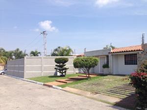 Casa En Venta En Barquisimeto, Del Este, Venezuela, VE RAH: 16-10183