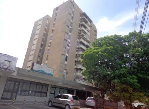 Apartamento En Venta En Cagua, Santa Rosalia, Venezuela, VE RAH: 16-10200