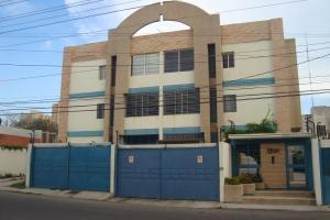 Apartamento En Venta En Maracaibo, Avenida Bella Vista, Venezuela, VE RAH: 16-10206