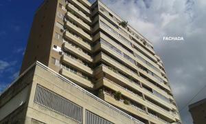Apartamento En Venta En Caracas, Colinas De Santa Monica, Venezuela, VE RAH: 16-7982