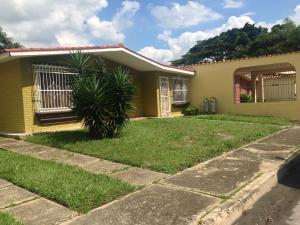 Casa En Venta En Municipio Libertador, El Molino, Venezuela, VE RAH: 16-10252